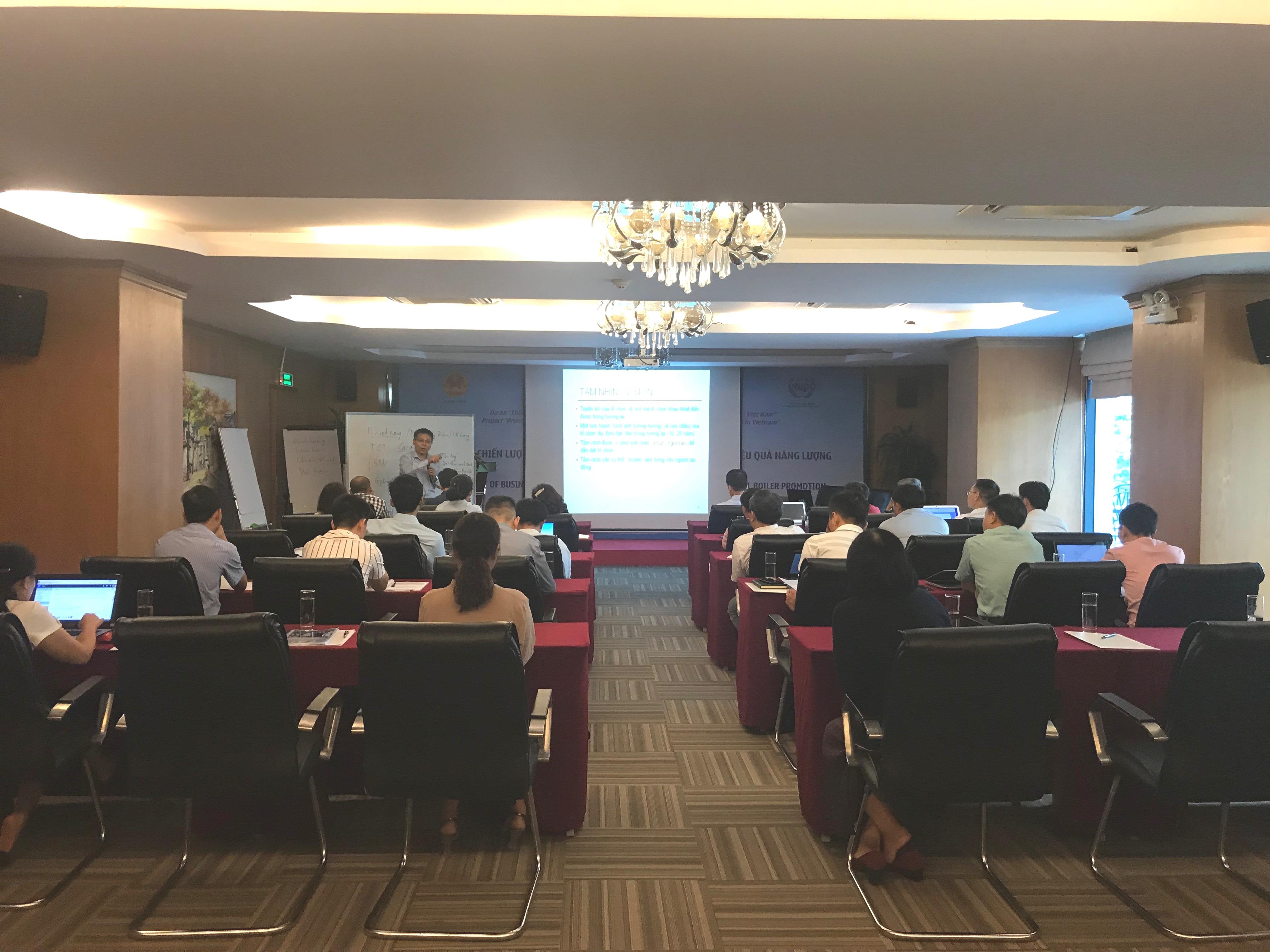 """Đại diện công ty Đông Dương tham dự hội thảo """"Xây dựng chiến lược kinh doanh và tiếp thị nồi hơi công nghiệp hiệu quả năng lượng"""""""
