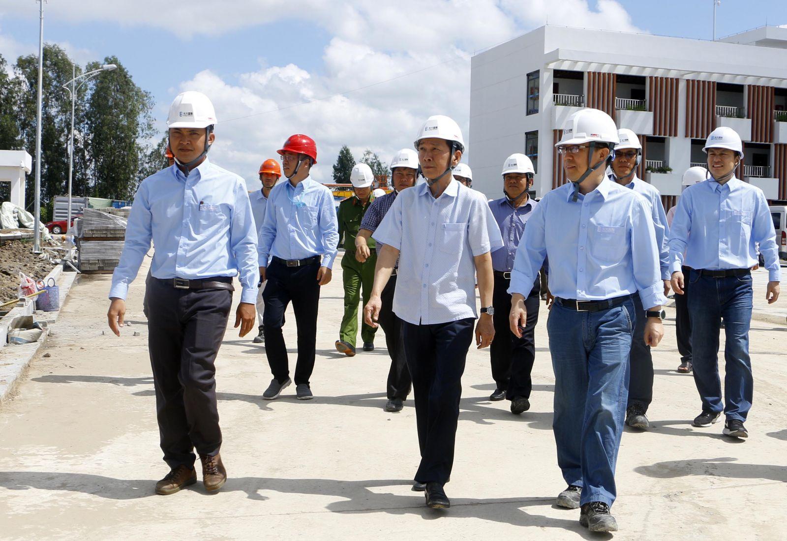 Chuẩn bị vận hành nhà máy điện rác đầu tiên ở Việt Nam