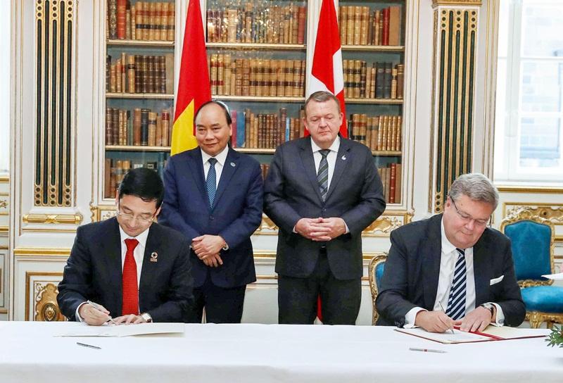 Đối tác Đan Mạch hỗ trợ Việt Nam sản xuất tua bin gió