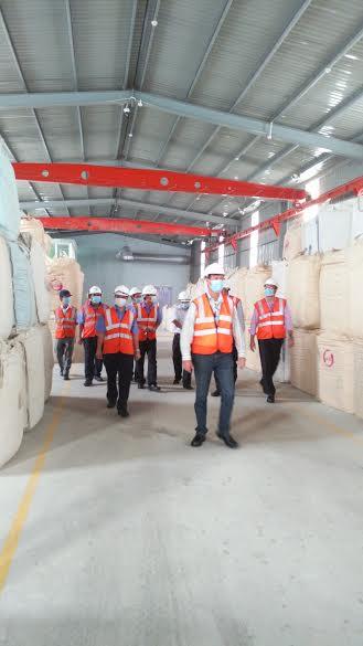 Đoàn lãnh đạo cấp cao Tập đoàn bia Heineken thăm nhà máy cung cấp hơi công xuất 20 tấn/ giờ của công ty Đông Dương.