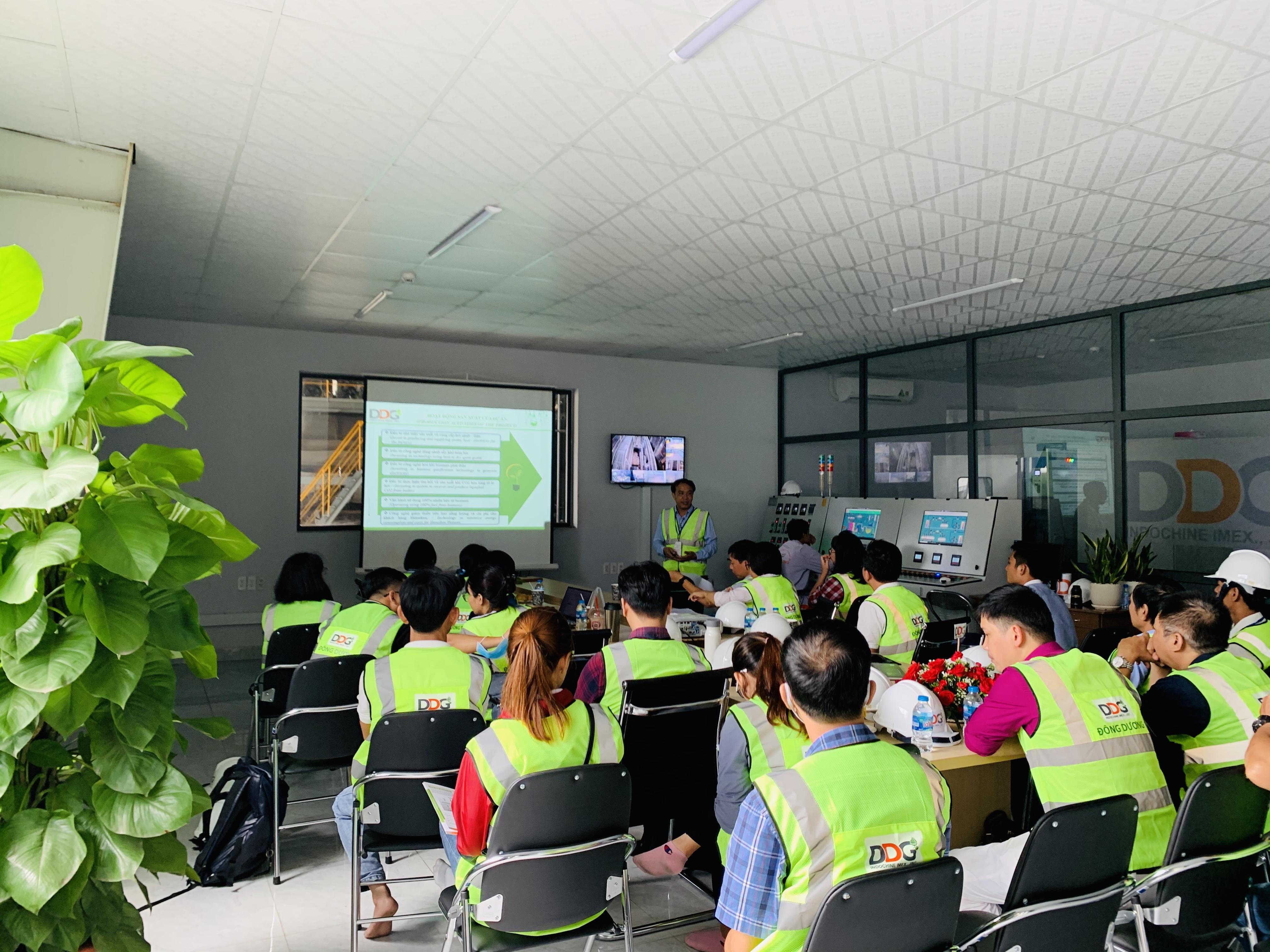 Tổ Chức Hợp Tác Quốc Tế Liên Bang Đức GIZ thăm quan thực tế dự án Lò hơi đốt Biomass của công ty Đông Dương
